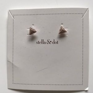 Stella & Dot Pyramid studs